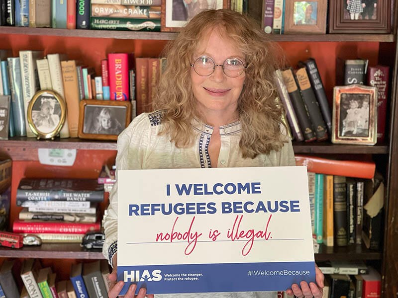 Mia Farrow shares why she welcomes refugees. Will you join her?